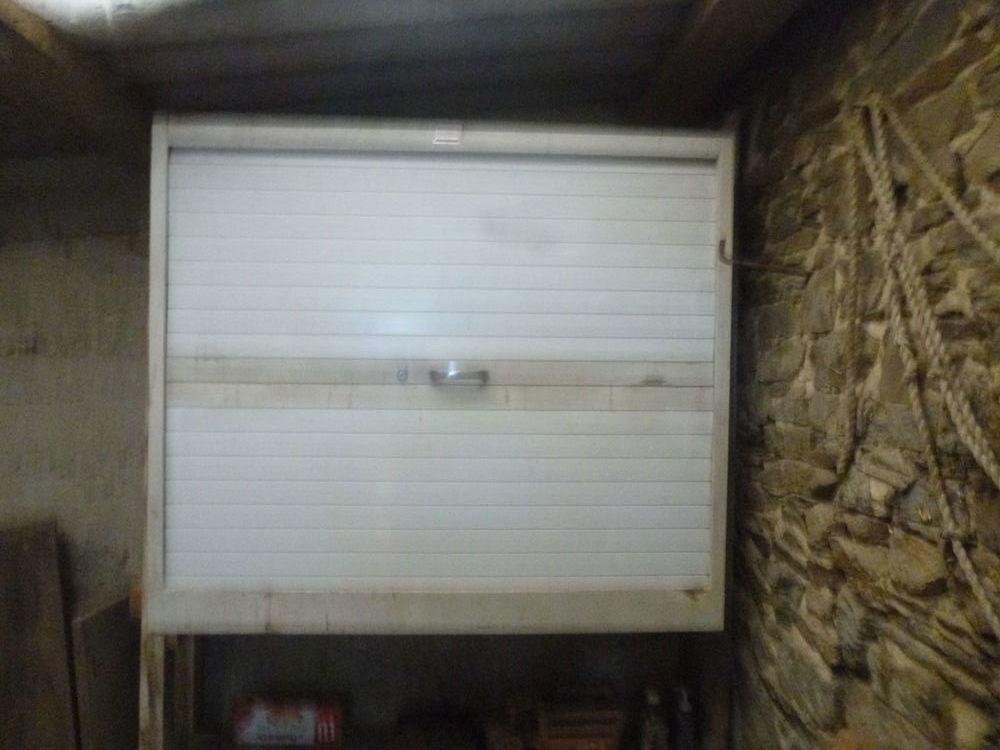 armoire métallique avec rideau vertical . 0 Saint-Malo-de-Phily (35)