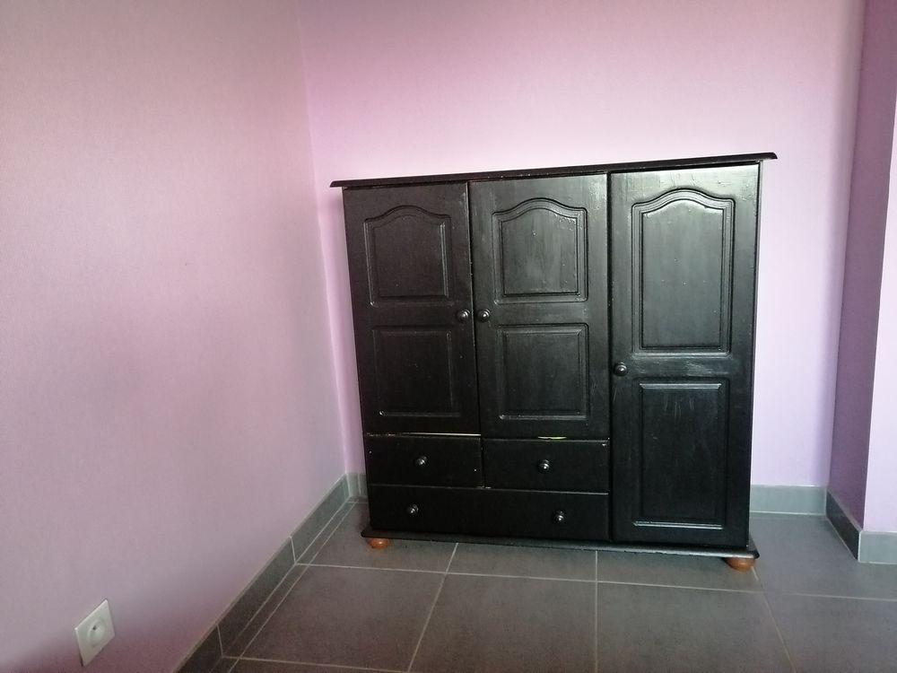 Armoire noire  0 Cahors (46)