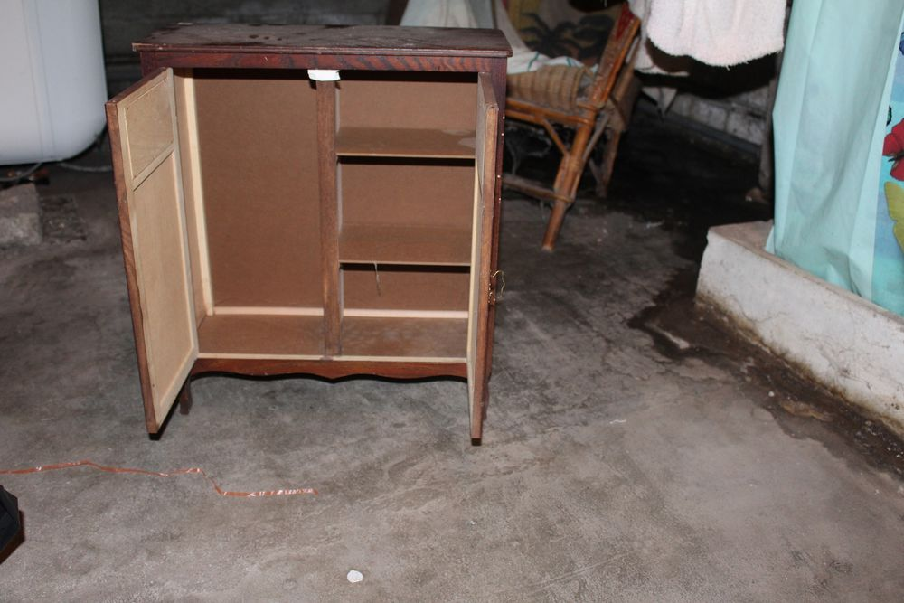 armoire poupée 20 Aix-les-Bains (73)