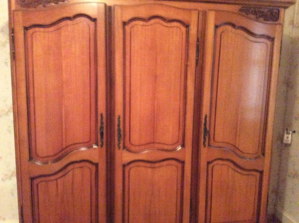 armoire style Louis XV  0 Marmande (47)