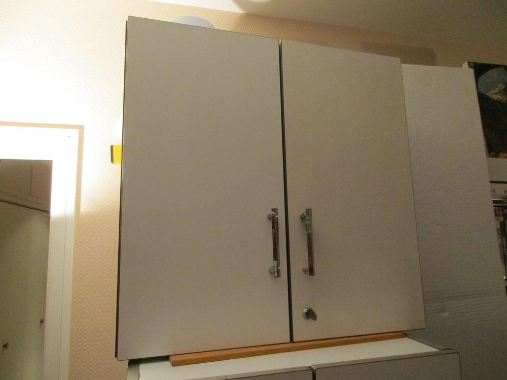 Armoire de toilette Sanijura 20 Le Havre (76)