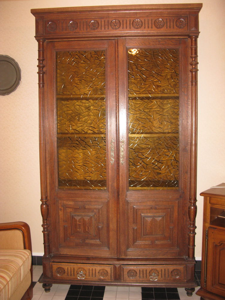 armoire/vitrine chêne massif style Henri II 0 Étaples (62)