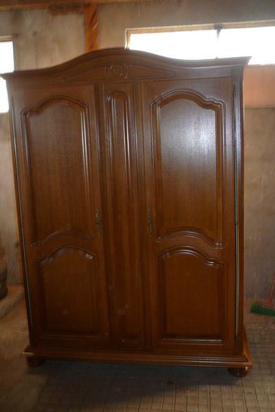 armoire  390 Saint-Dizier-les-Domaines (23)