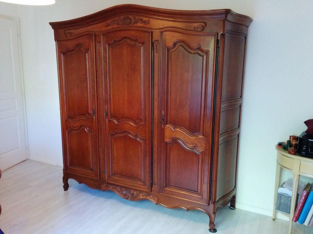armoires en merisier occasion en alsace annonces achat. Black Bedroom Furniture Sets. Home Design Ideas