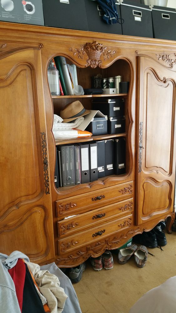 armoire 100 Nice (06)