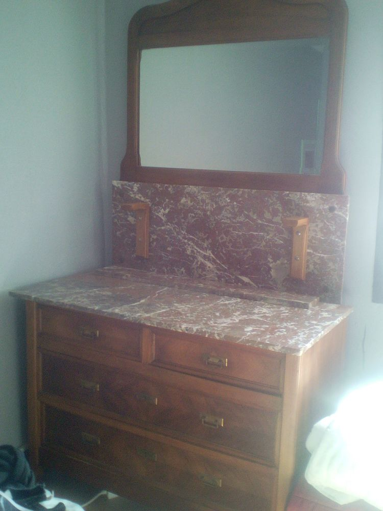 ARMOIRES ET COMMODES BROCANTE 200 Barr (67)