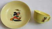 Assiette  et bol mélamine jaune Annecy MICKEY 1960 20 Issy-les-Moulineaux (92)