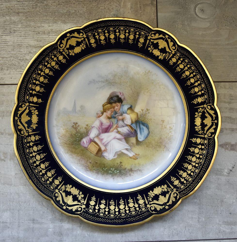 Assiette Porcelaine Château des tuileries couple 300 Ploemel (56)