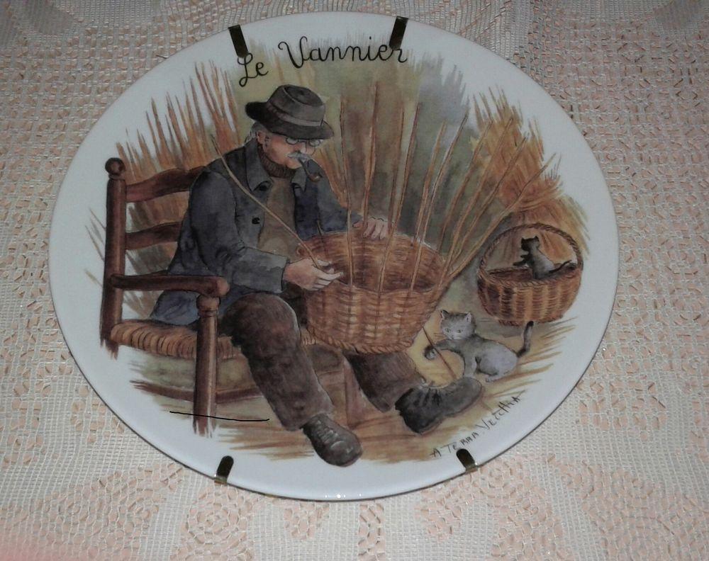 assiette en porcelaine de limoges 20 Varennes-sur-Seine (77)