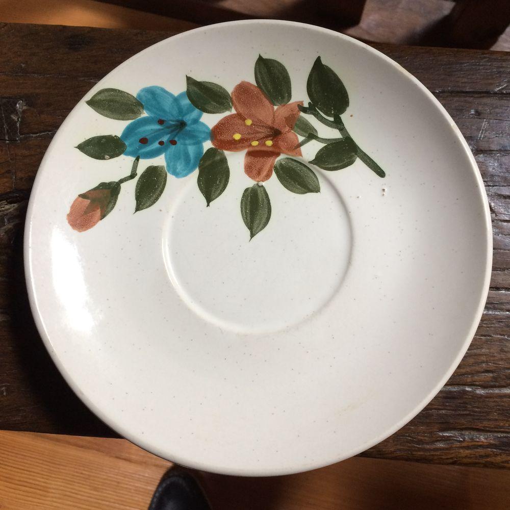 assiette stoneware , peinte a la main 0 Charnay (69)