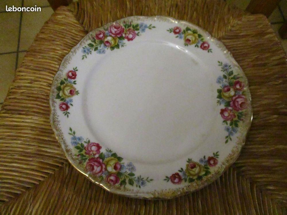 Assiette vintage en porcelaine winterling kirchenlamitz bava 0 Mérignies (59)