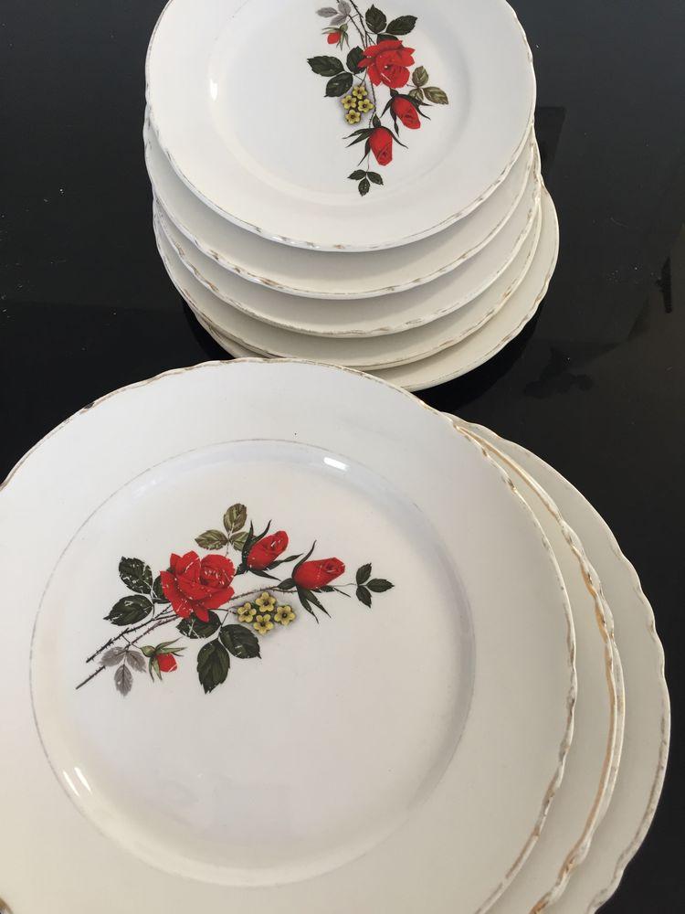 Assiettes anciennes motif floral Décoration
