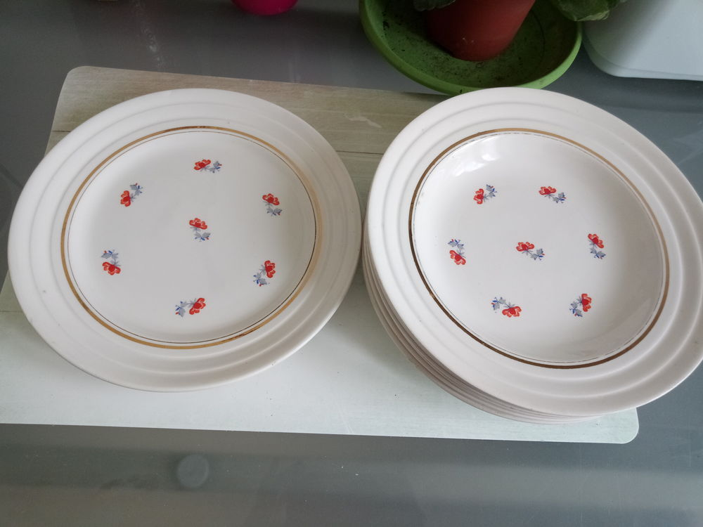 Assiettes creuses en porcelaine Babel de St Amand de 1950 10 Kervignac (56)