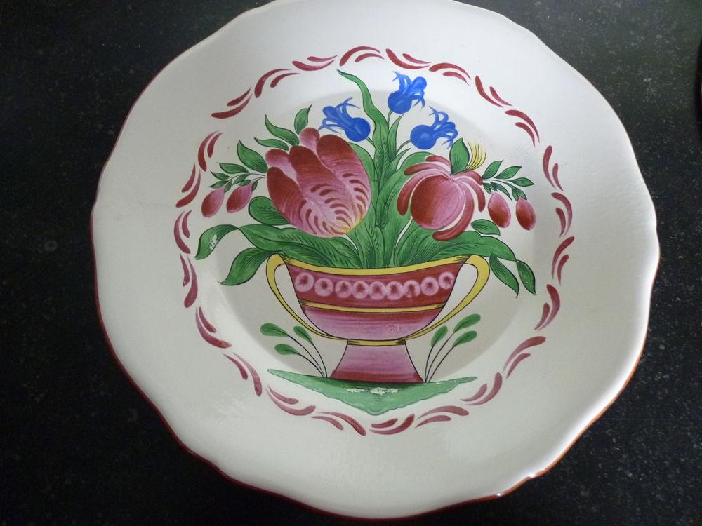 2 assiettes décoratives 20 Portbail (50)