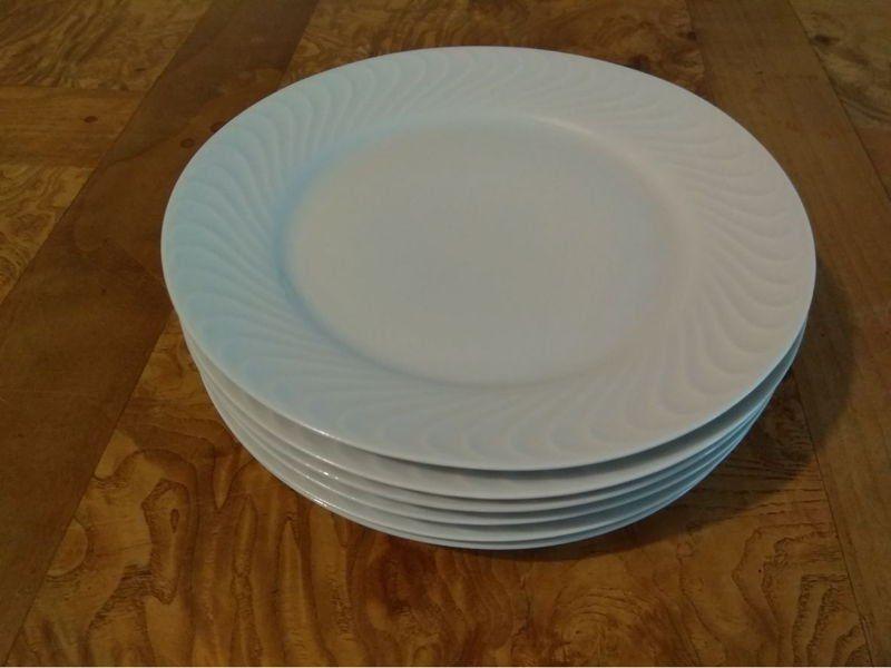 6 assiettes à dessert en porcelaine 15 Tassin-la-Demi-Lune (69)