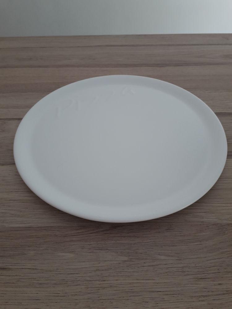 Lot de 5 assiettes à pizza en porcelaine blanche 20 Saint-Witz (95)