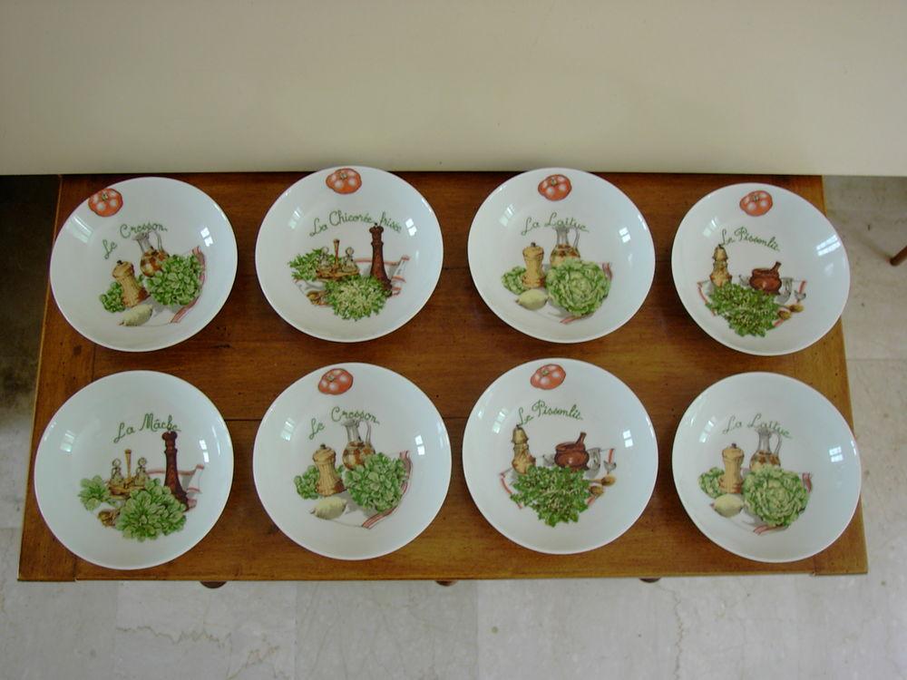 8 Assiettes en porcelaine 15 Saint-Germain-du-Puy (18)