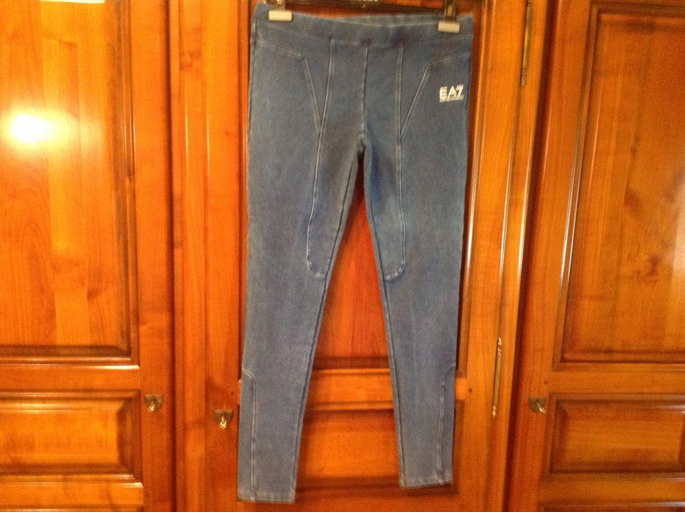 Authentique leggings Emporio Armani. 45 Bollwiller (68)