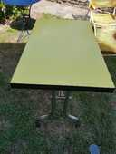 Authentiques tables de bistrot en formica 150 Bas-en-Basset (43)