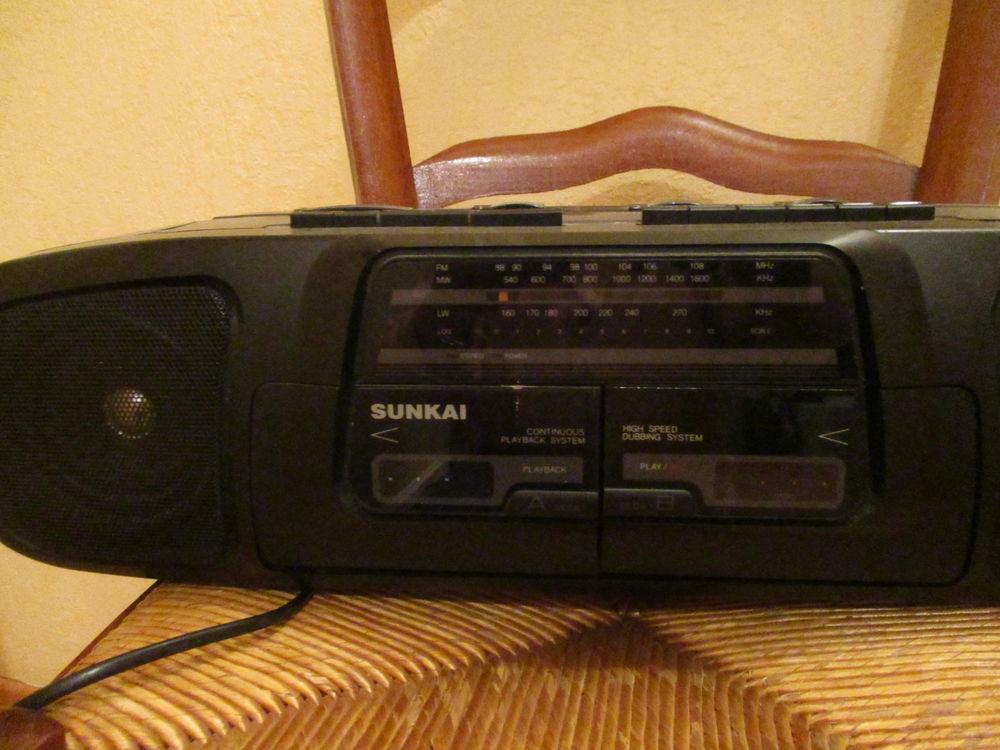 Auto radio SUNKAI RCS 5600 année 1980 0 Mérignies (59)