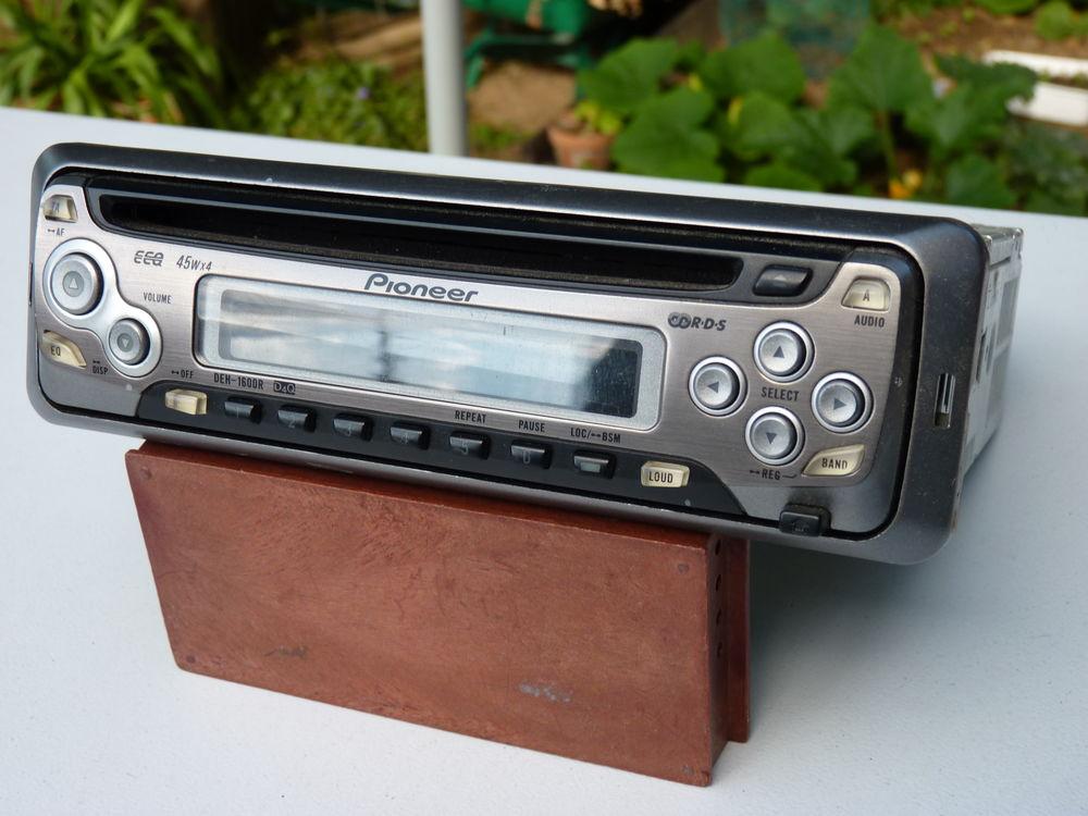 auto radio 45 Faches-Thumesnil (59)