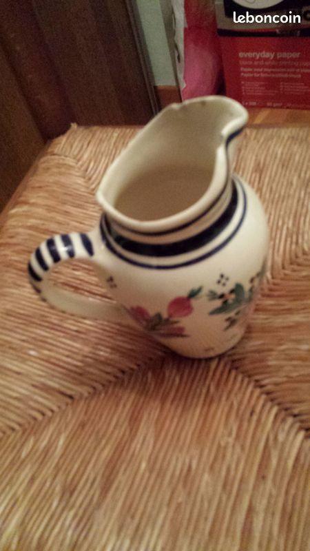 Pot à eau ou autre avec beau dessin -vintage 0 Mérignies (59)