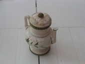pot avec couvercle et bec verseur blanc et feuillage vert 0 Mérignies (59)