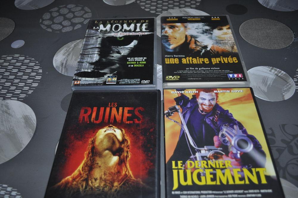 Lot de DVD avec entre autre Thierry Lhermite 5 Perreuil (71)