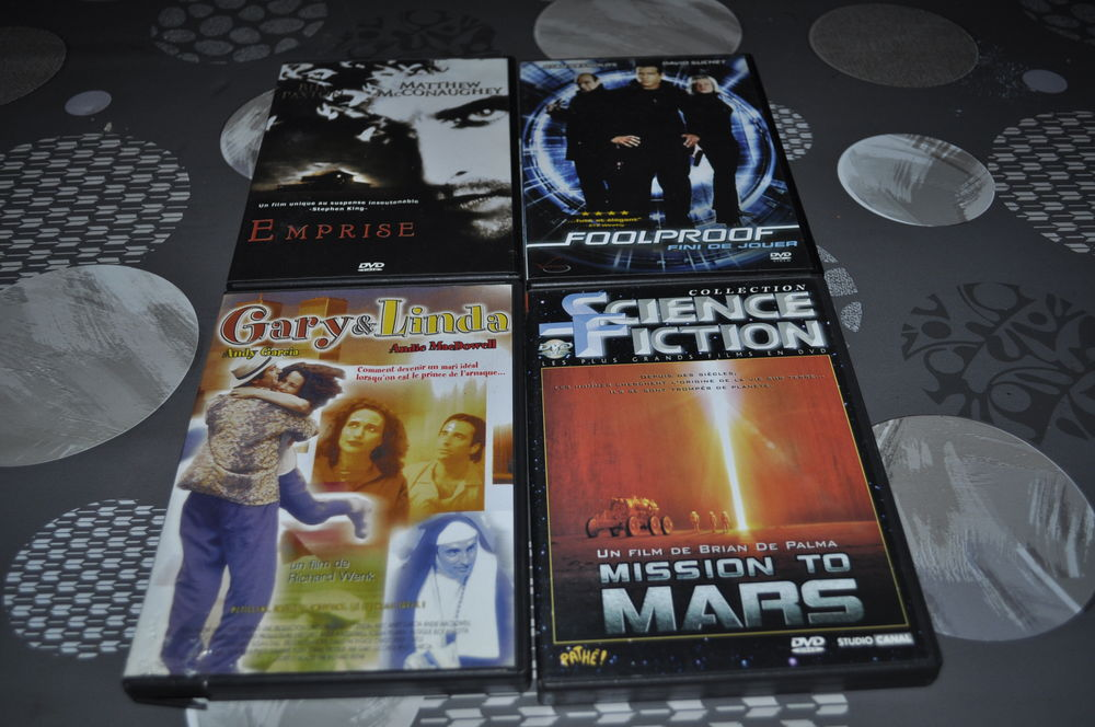 Lot de DVD avec entre autre  Andy MacDowell  5 Perreuil (71)