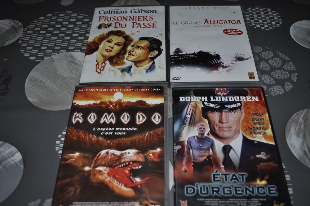 Lot de 4 DVD avec entre autre  Dolph Lundgren  5 Perreuil (71)