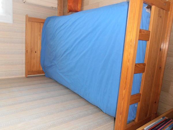 lit 90 X 190 avec matelas et sommier 50 La Pommeraie-sur-Sèvre (85)