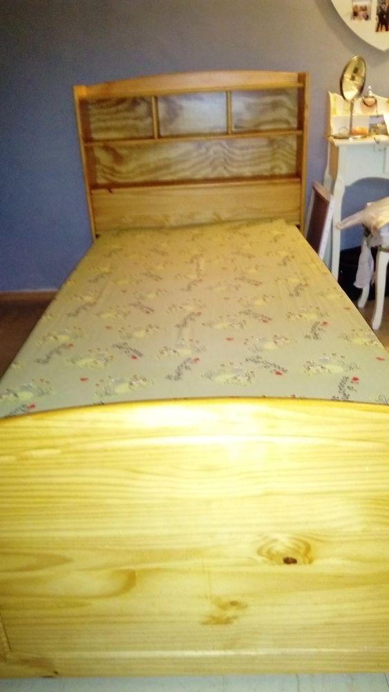 lit  en pin avec matelas 0 Saint-Gilles (30)