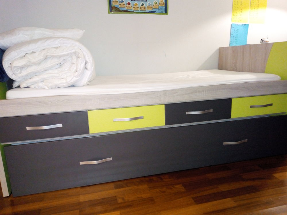 Lit avec lit-tiroir + bureau d'angle meubles germain 1200 Montigny-le-Bretonneux (78)