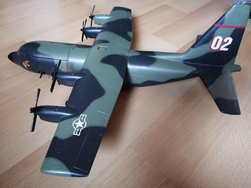 Avion C - 130   Battle Squads 25 Butry-sur-Oise (95)