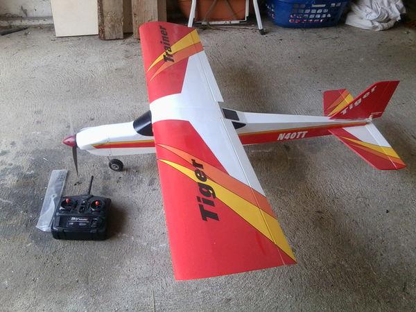 avion électrique tiger trainer 220 Villemaréchal (77)