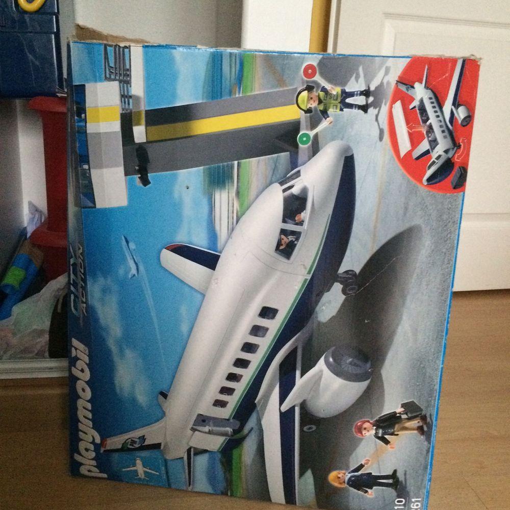 jouets avions occasion en gironde 33 annonces achat et vente de jouets avions paruvendu. Black Bedroom Furniture Sets. Home Design Ideas