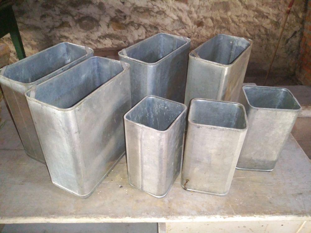 LOT DE 6 BACS ETAIN INOX 30 Bages (66)