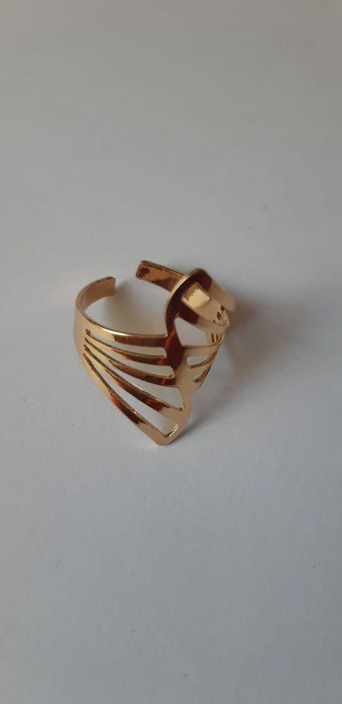 Bague ajustable en acier dorée 5 La Seyne-sur-Mer (83)