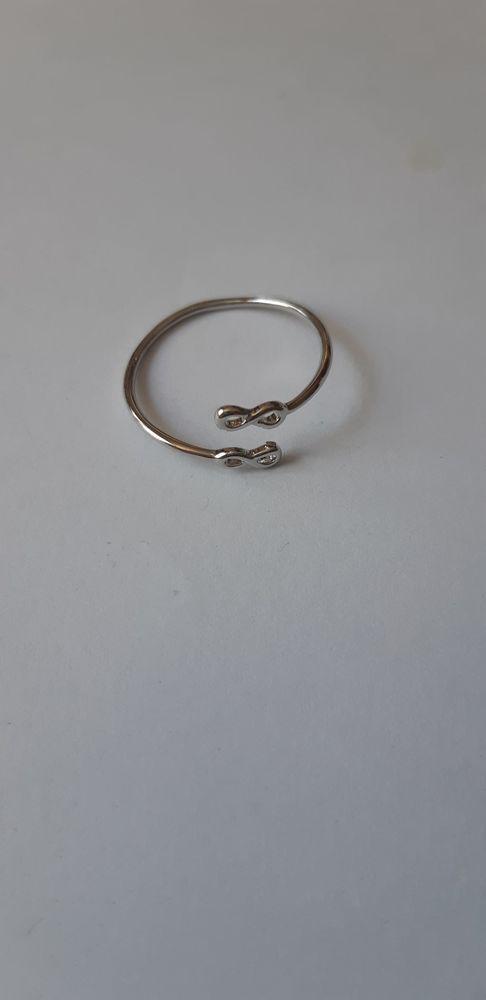 bague infini en métal couleur argent est ajustable 5 La Seyne-sur-Mer (83)