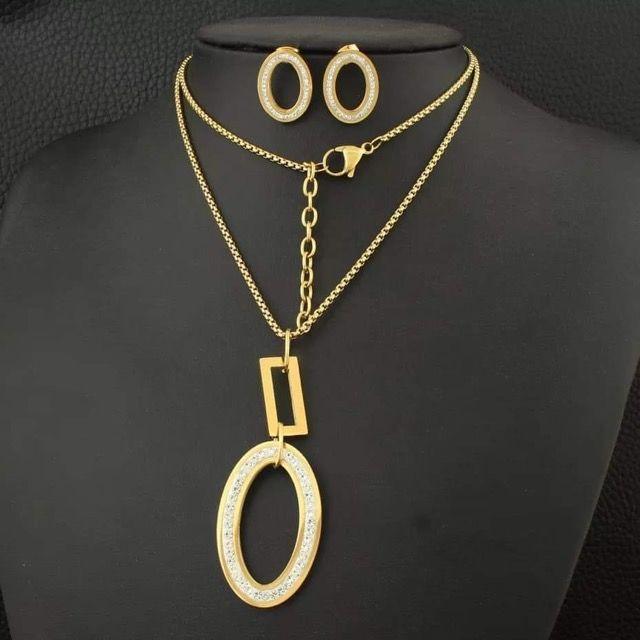 Bagues Colliers Bracelets Boucles d'oreilles et Montres  15 Sainte-Geneviève-des-Bois (91)
