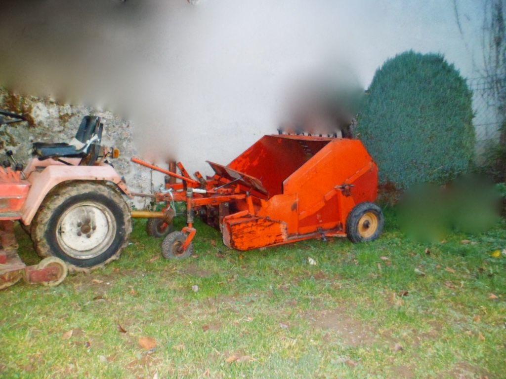 Micros tracteur occasion annonces achat et vente de for Balayeuse a feuille et gazon
