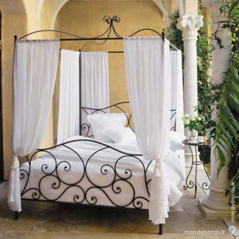lits occasion gisors 27 annonces achat et vente de lits paruvendu mondebarras. Black Bedroom Furniture Sets. Home Design Ideas