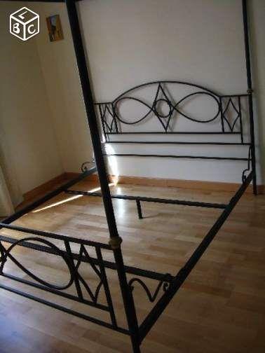 sommiers occasion la ciotat 13 annonces achat et vente de sommiers paruvendu mondebarras. Black Bedroom Furniture Sets. Home Design Ideas