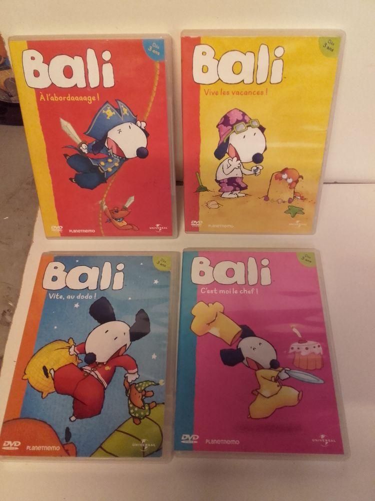Lot de 4 DVD BALI pour enfants. 10 Taverny (95)