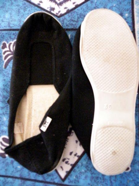 ballerine noire semelle blanche taille 35  3 Viriat (01)