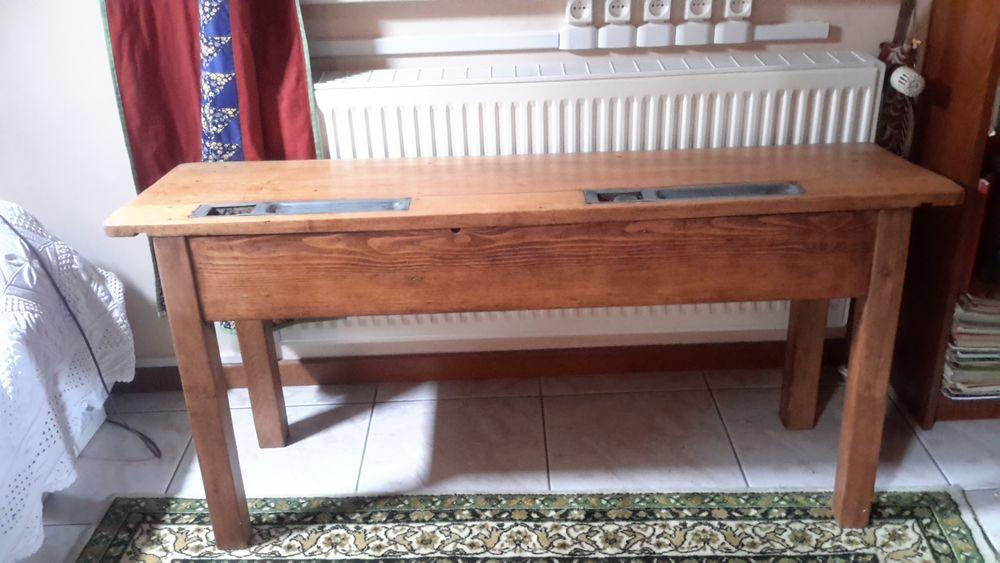 banc d'ecole bois ancien  40 Seingbouse (57)