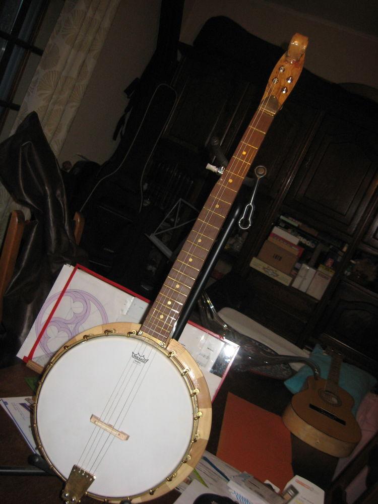 banjo traditionnel 5 cordes 350 Saint-Saturnin-lès-Avignon (84)