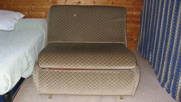 banquettes lit occasion dans l 39 indre et loire 37 annonces achat et vente de banquettes lit. Black Bedroom Furniture Sets. Home Design Ideas