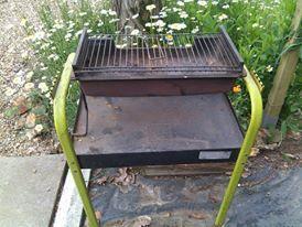 barbecue lafont tres bonne qualité cause vieillesse 0 Saint-Rémy-sur-Avre (28)