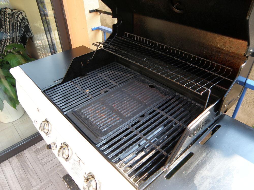 Achetez barbecue occasion, annonce vente à Saint Victor sur